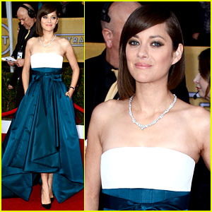 marion-cotillard-sag-awards-2013-red-carpet